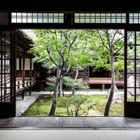 京都駅から「15分圏内」を楽しむ。コンパクトに巡る『癒しと感動』の京都旅行