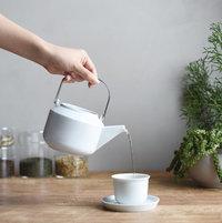 お茶を楽しむ自分時間。くつろぎタイムのお供にしたい「ティーポット」たち