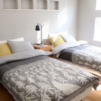 ベッドと布団あなたはどっち?それぞれのメリットデメリットや、おすすめコーデをご紹介