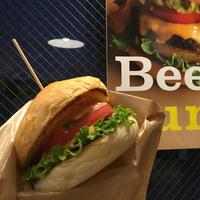 ハンバーガーや、冷麺も。美味しい都内の「ヴィーガン料理」が食べられるお店