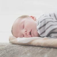 【ママが楽になるヒントvol.4】びっしょりの寝汗と上手く付き合う、快適な睡眠づくり