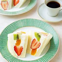 簡単・おいしい・美しい。彩り鮮やかな「フルーツサンド」レシピ12選