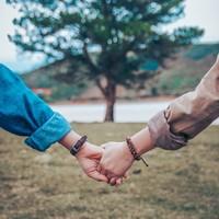 求められるのは「聞き上手」な人。心地いい人間関係を築くシンプルな方法