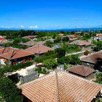 まるで時間が止まっているかのよう! 沖縄の原風景が広がる竹富島で散策を楽しみませんか?