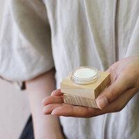 ふわっと香る素敵なわたしに。「練り香水」おすすめ10選&基本の使い方