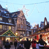 一度は訪れてみたい*世界の《クリスマスマーケット》おすすめ5選