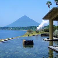 開放感抜群のロケーション◎泉質で極上、鹿児島県の温泉をご案内!