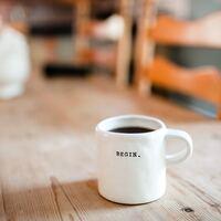 「朝が苦手」から「もう起きたい朝」へ。体・心からアプローチする《朝起き6つのコツ》