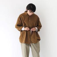 色で雰囲気をチェンジ。「カラーシャツ」を使った冬コーデ集