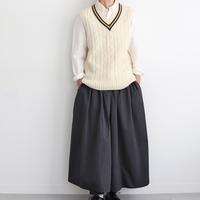 「ニットベスト」でほっこり冬コーデ。おすすめの着こなし3パターンと参考コーデ