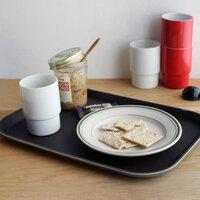 準備や後片付けのお助けアイテム!食卓を彩る「トレイ」活用のススメ
