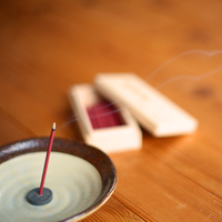 耳を澄まして感じたい、古くから日本に伝わる伝統「お香」に触れてみませんか?