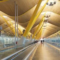 まるで美術館のよう。心躍るヨーロッパの《美しい空港》6選