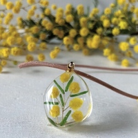 小さな春を身につけて♪「お花モチーフ・花柄」のアクセサリーカタログ