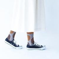 ちらりと見える靴下が可愛い♪「柄ものソックス」おすすめ7ブランド