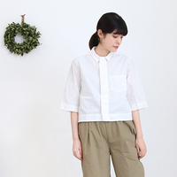 春になったらシャツを着よう<白・チェック・ストライプ>の着こなし