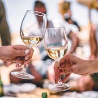大人の愉しみを味わおう。『ワインの手引き』~気品溢れる白ワイン編~