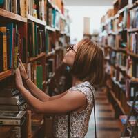 読めば、訪れてみたくなる。魅力あふれる『書店』についての『本』たち