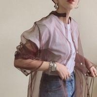 ラフに女性らしく。シアーシャツをオシャレに見せる5つの着こなし術