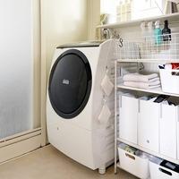 ごちゃつきがちな「洗濯機まわり」。アイテム&スペースを上手に使った収納アイデア