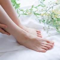 疲れた足を『マッサージ機』で癒そう。女性におすすめフットマッサージャー8選