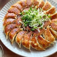 焼き、揚げ、茹で…どれにする?食感も美味しい「餃子」のアレンジレシピ
