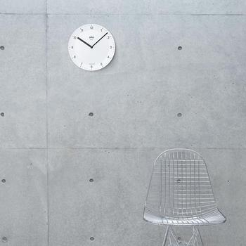 フレーム・ガラスの無い壁掛け時計、BNC006 – NRC。どんなインテリアにもマッチしますね。