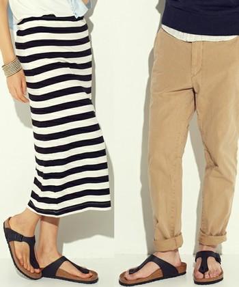 <ギゼ ブラック>  まったく同じデザインと色なのに、女性が履けばどこか女性らしく、男性が履けば男性らしく見えてくるから、とっても不思議。
