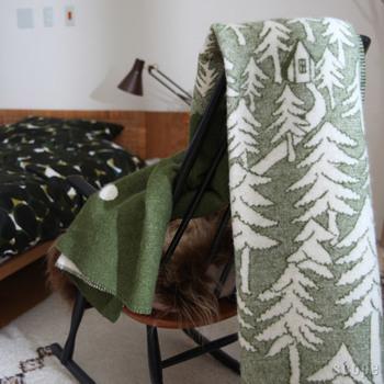優しい気持ちになれるデザイン。 だからこそ、常に手に取れる場所に置くことで、インテリアとして部屋に飾っても素敵です。