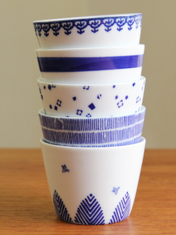 一日の終わりにも、 ゆっくりお茶を飲みませんか?  上からデザインのご紹介です。  ・瓔珞(ようらく) ・輪線 ・あられ ・雨 ・鳥と木