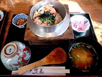 食材の良さと美味しさが光る「釜飯」専門店。  この地で30年以上も続く老舗です。