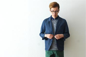 流行を追った衣服を求めていない、現代的なセンスにおいて「正しく」見せる衣服を求めている人に向けて洋服を作るという言葉通り、何年先でもずっと、感覚的に良いと感じられる洋服ばかりです。