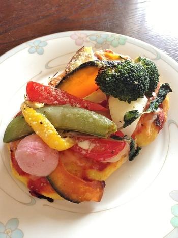 「オーブンサンド」。野菜がそのまま乗っかっています。栄養も、ボリュームも満点で、1つでお腹いっぱいになってしまいそうですね。