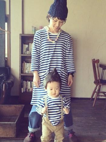 ママとボーダーTシャツでリンク。ボーダーTは取り入れやすいアイテムなのでぜひ参考にしてみたい
