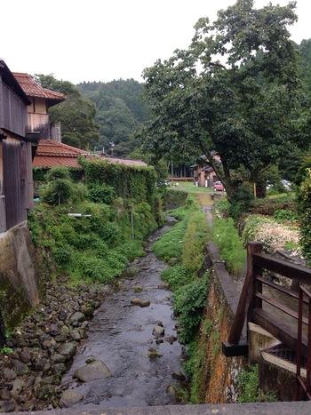人口わずか400人の町 島根県大田市大森町。 土地に息づく「大切なもの」「大切なこと」を、次の世代に伝えていきたいという想いが込められています。  (photo by koma)