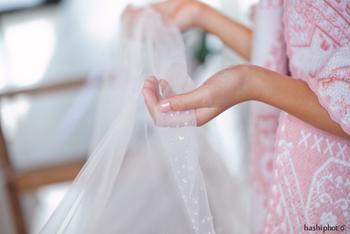 新婦のベールの裾をもって入場を手助けしてくれる子供たちのことをベールガール&ベールボーイといいます。