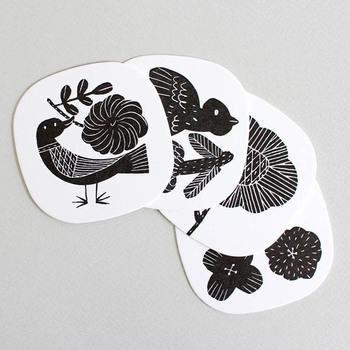 鹿児島睦さんデザインのコースター。 メッセージカードとして贈り物に添えても喜ばれそう^^
