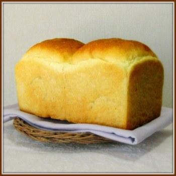 こんなにおいしそうな山型食パンもできちゃいますよ!