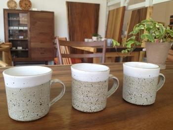 陶芸の作家さんのアイテムも取り扱っており、期間限定で展示会が行われることも!