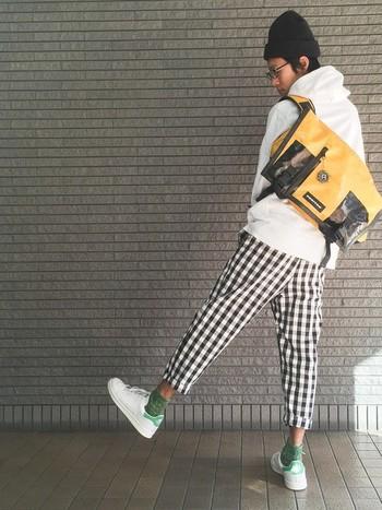 メッセンジャーバッグ「REX」タイプ。 「JOE」以上に収納ポケットが工夫されていて容量も入り、JOEよりも少し大き目のサイズです。
