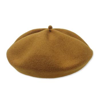 beret top gather   トップにあるコロンとしたつまみが、とても可愛らしいベレー帽。 たっぷりとしたデザインに仕上がっています。
