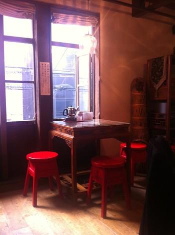 家具もテーブルごとにそれぞれ違い、どれも素敵です。