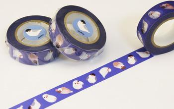 """""""mt""""のカモ井加工紙株式会社さんと共同制作の文鳥柄のオリジナルマスキングテープもあります♡どういう方向に貼っても楽しめるようデザインされています。"""