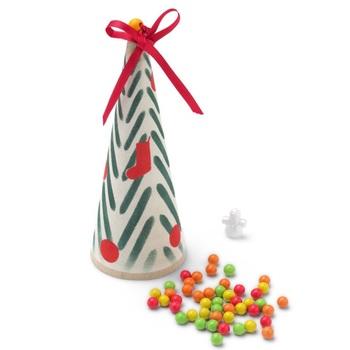 織物や編物の糸を巻きつける芯にステンシルを施した、中川政七ならではのクリスマスツリー!中にはチャームとチョコボールが入っています♡