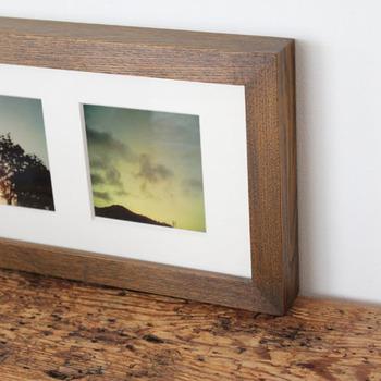 四角のサイズにした写真や、L版サイズのお気に入りの写真をトリミングしたり。 ポストカードや、CDのジャケットを飾っても素敵です。