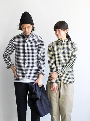 ギンガムチェックのシャツもマイヨの定番。