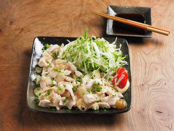 ◆鶏むね肉のしゃぶしゃぶ風サラダ◆  しゃぶしゃぶまでむね肉でできるなんて・・・感激です♪ マヨネーズを揉み込んで下処理をするのがしっとり仕上がるポイント。