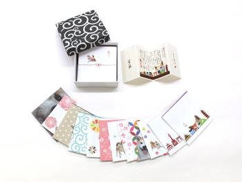 7cm×7cmの小さなサイズのぽち袋。  24枚すべて柄が異なる箱入りのぽち袋セットです。