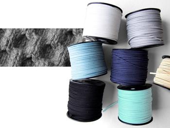 Beyond the reef(ビヨンドザリーフ)では、ベースの色プラス、オリジナルで紐のカラーを選択することができるんです。