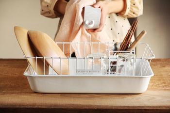 そしてやっぱり、なんて言ってもこの白さ! 目の覚めるような白は、清潔感が感じられてキッチンが明るくなります。